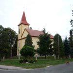 Kostol Najsvätejšej Trojice v Petrovciach n/L